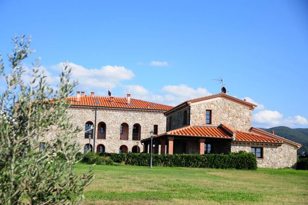 corso di guida per moto maxienduro in Toscana ktm